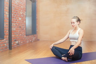 9 Tips Practicing Yoga At Home Yoga For Beginners At Home For Health Tips